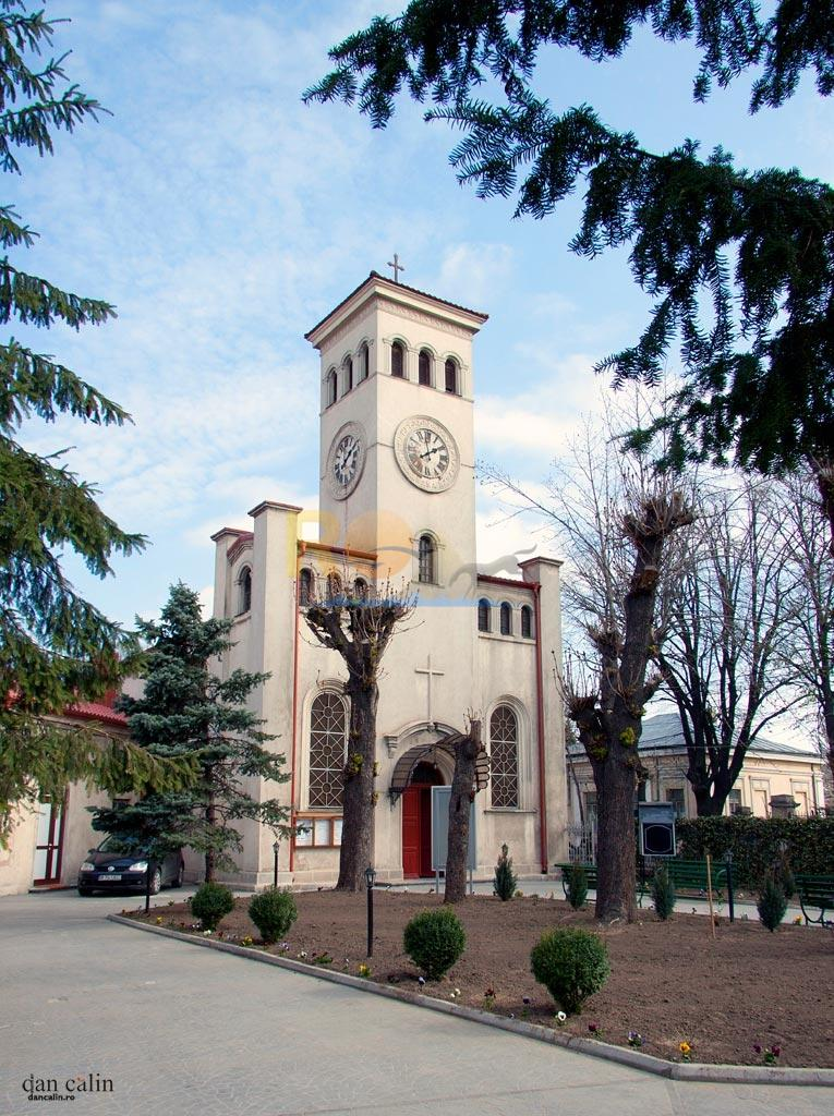 biserica-roman0-catolica-din-braila-dan-calin-4