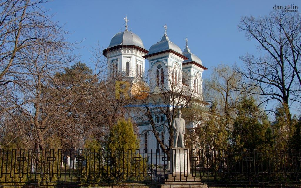 catedrala-sfantul-alexandru-din-alexandria-dan-calin-1