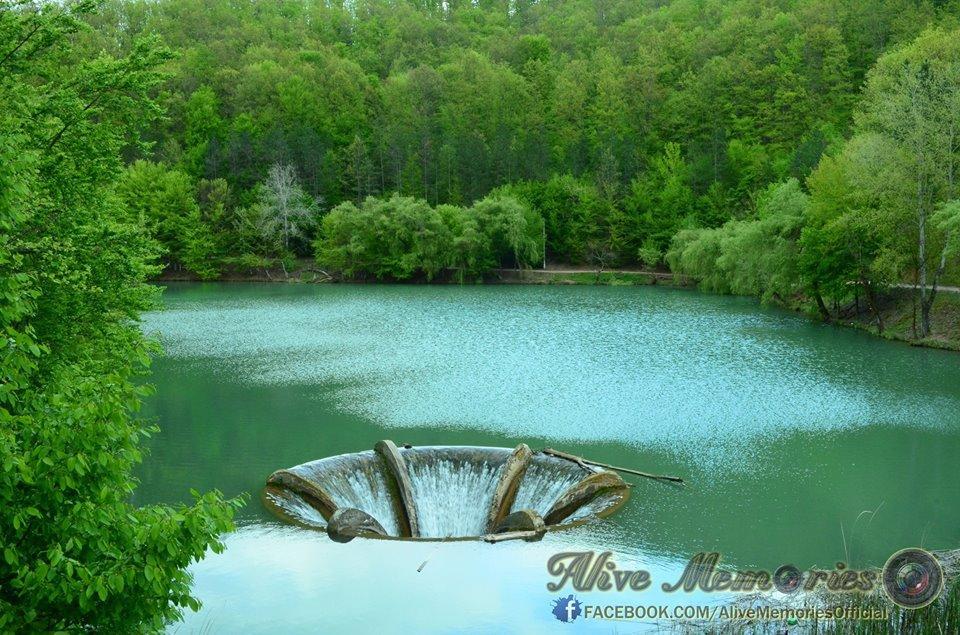 Lacul Vida (2)