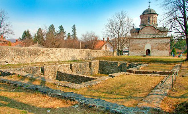 Curtea Biserica Domneasca din orasul Curtea de Arges - dan calin