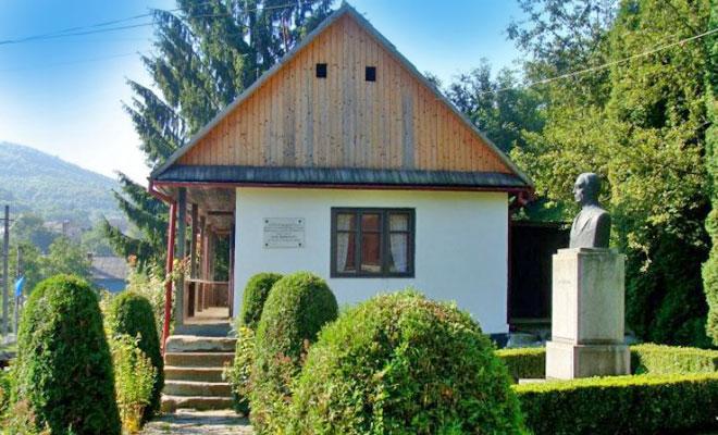 Casa Memoriala Liviu Rebreanu din comuna Liviu Rebreanu - cazare info