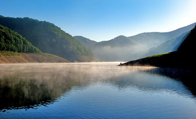 Lacul Lesu din comuna Bulz - alunul