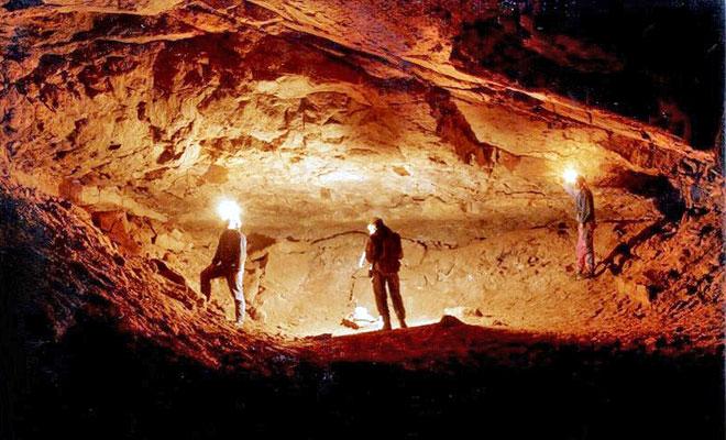 Pestera Izvorul Tausoarelor din Bistrita-Nasaud - bistriteanu