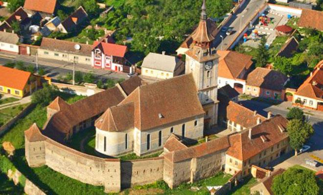 Biserica din comuna Sanpetru - turculturalbrasov