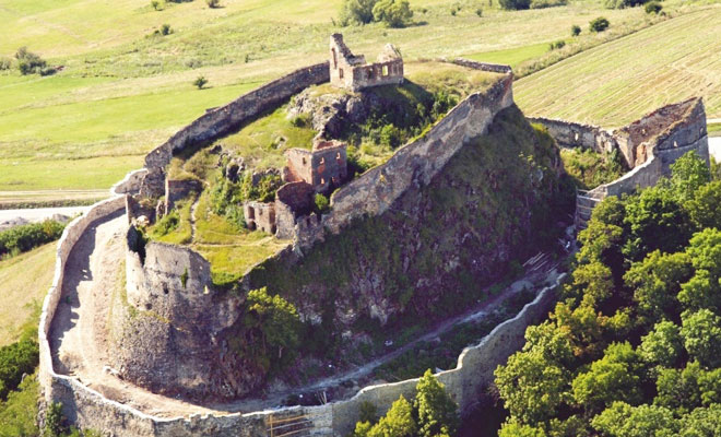 Cetatea Feldioara din comuna Feldioara - brasovultau