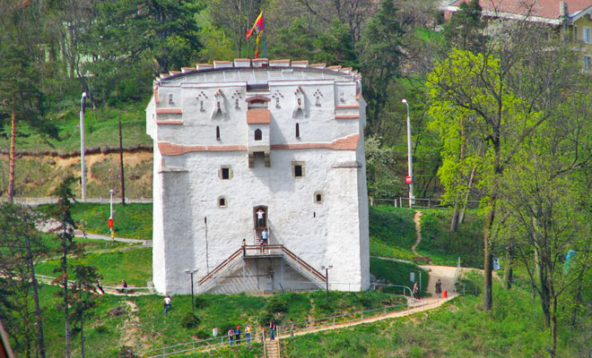 Turnul Alb din orasul Brasov - flickr