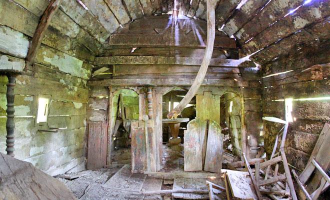 biserica-din-lemn-de-la-dealul-ocii-din-comuna-pojogeni-wikimedia