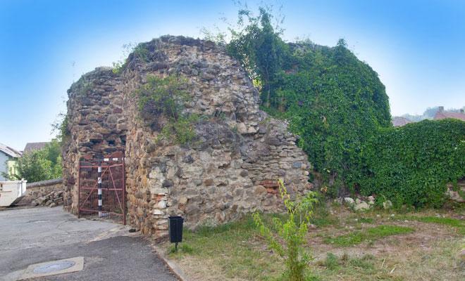 cetatea-medievala-skelely-tamadt-din-orasul-odorheiu-secuiesc-ourheritage