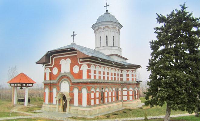 manastirea-sadova-din-comuna-sadova-turismreligios
