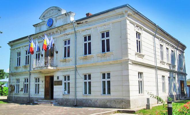 muzeul-national-al-politiei-romane-din-orasul-targoviste-flickr
