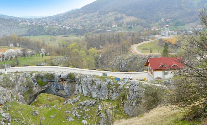 podul-grohot-din-comuna-bulzestii-de-sus-flickr
