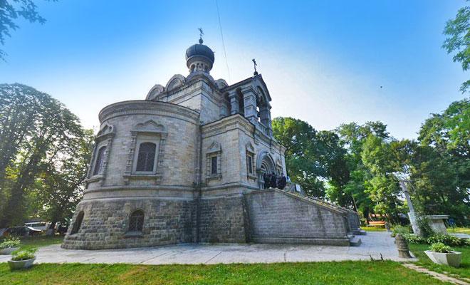 biserica-sfantul-nicolae-din-orasul-roznov-doxologia