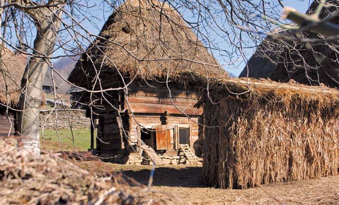 casa-maramuresana-din-judetul-maramures