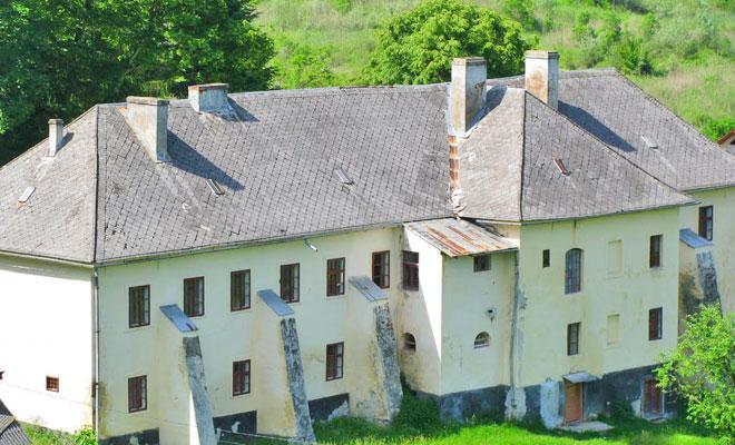 castelul-apaffi-din-comuna-rona-de-sus-panoramio