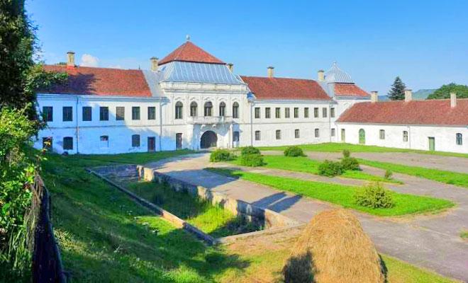 castelul-wesselenyi-din-orasul-jibou-wall-street