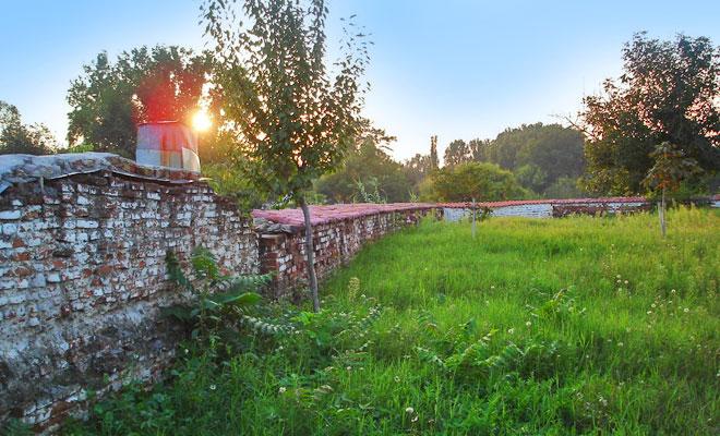 ruinele-curtii-domnesti-din-orasul-caracal-visitromanati