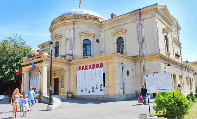 teatrul-de-nord-din-orasul-satu-mare-transilvaniareporter