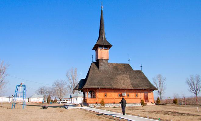Crucea de Leac din comuna Dichiseni - dan calin
