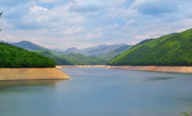 Lacul Valea lui Iovan din judetul Caras-Severin - flickr