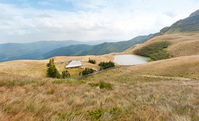Lacul Vulturilor din comuna Siriu - flickr
