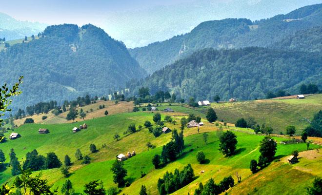 Satul Ciocanu din comuna Dambovicioara judetul Arges - flickr