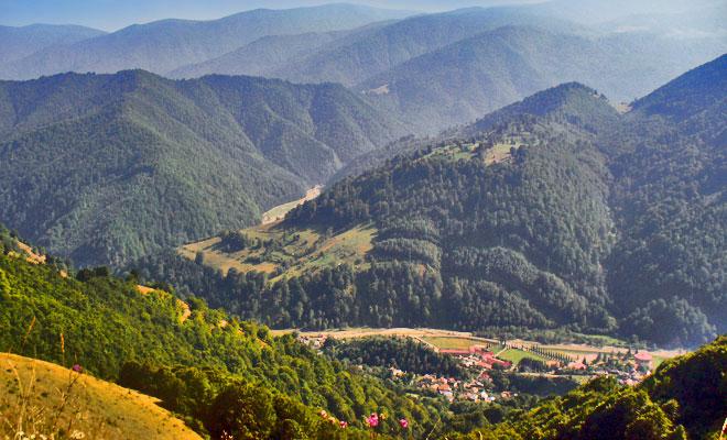 Statiunea Voineasa din comuna Voineasa judetul Valcea - flickr