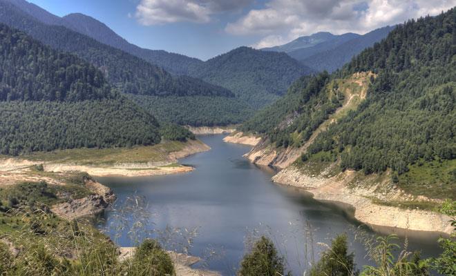 Barajul-Gura-Apei