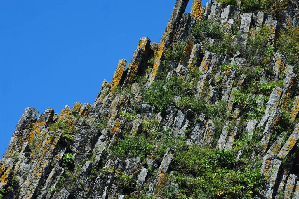 Monumente impresionante ale naturii-Detunatele 1