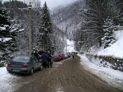 Drumul spre Partia Rausor iarna