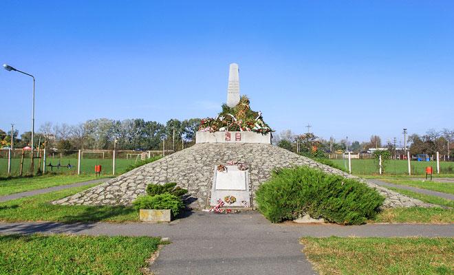 Monumentul dedicat celor 13 generali - aradcityguide