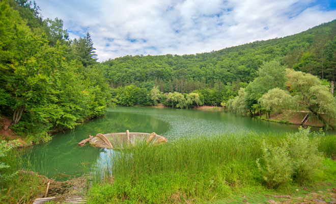 Lacul Vidra din comuna Dobresti - flickr