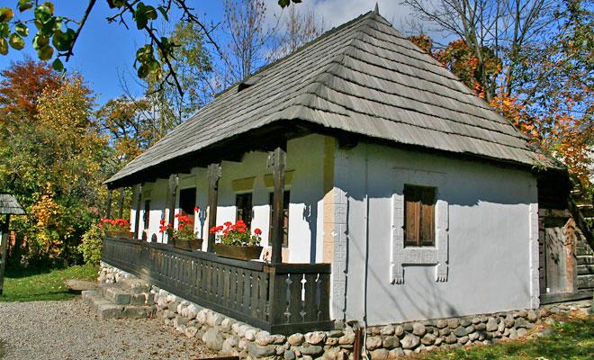 Muzeul Satului din comuna Bran - flickr