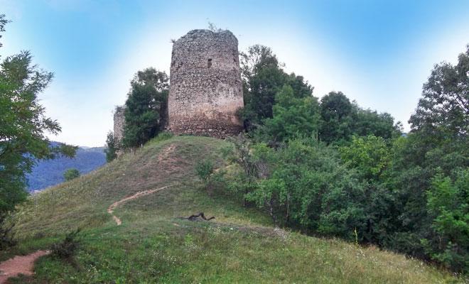 Cetatea de la Bologa din comuna Poieni