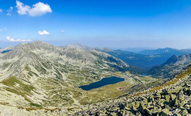 lacul-bucura-din-judetul-hunedoara