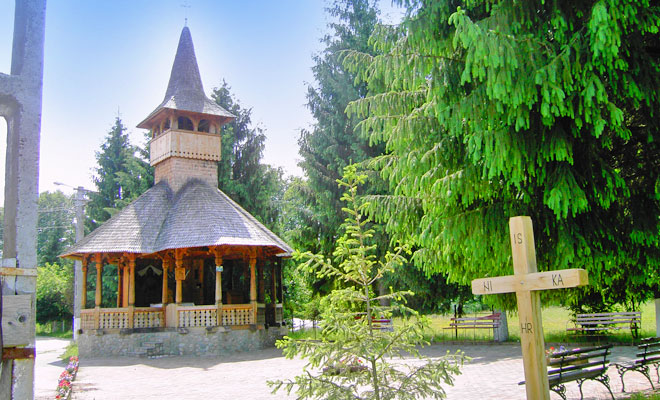 manastirea-izvorul-miron-din-comuna-tomesti-flickr
