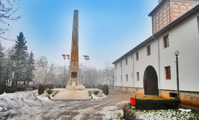 mormantul-lui-mihai-viteazul-din-orasul-turda