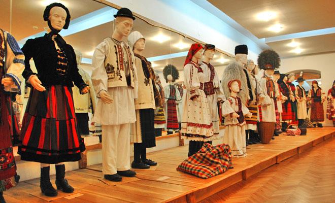 muzeul-etnografic-al-transilvaniei-din-orasul-cluj-napoca