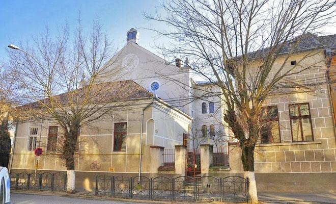 sinagoga-din-orasul-deva-google