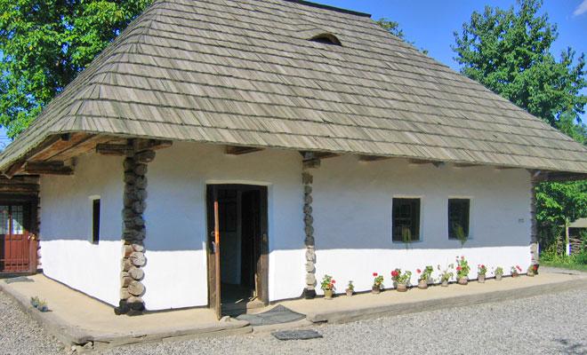 casa-memoriala-ion-creanga-din-comuna-humulesti-flickr