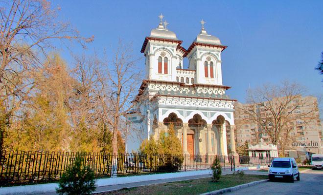 catedrala-domneasca-si-episcopia-sfantul-alexandru-din-orasul-alexandria-dan-calin