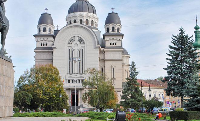 catedrala-ortodoxa-din-orasul-targu-mures