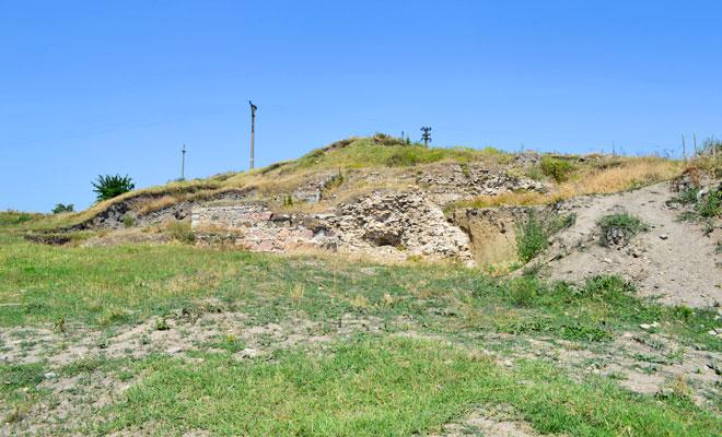 cetatea-noviodunum-din-orasul-isaccea