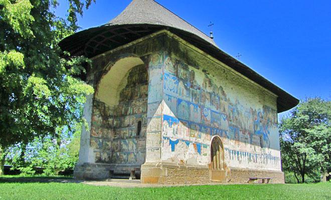 manastirea-arbore-din-comuna-arbore-flickr