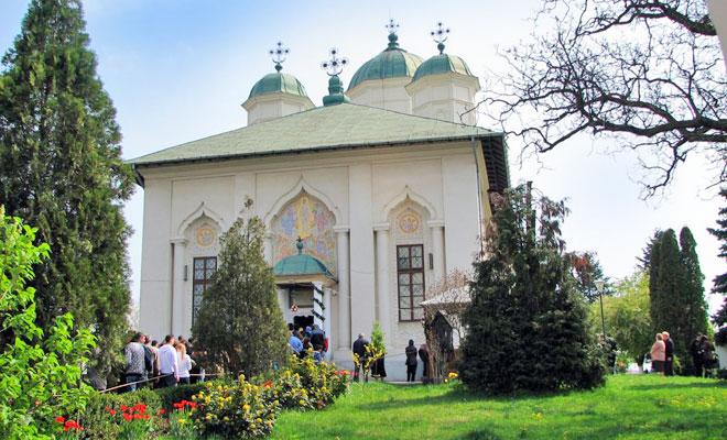 manastirea-cernica-din-comuna-cernica-catalin-bindea