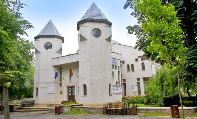 muzeul-mihai-eminescu-din-orasul-iasi-infoturism-moldova