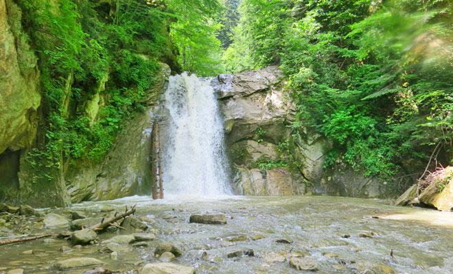 Cascada Pruncea din judetul Buzau - flickr