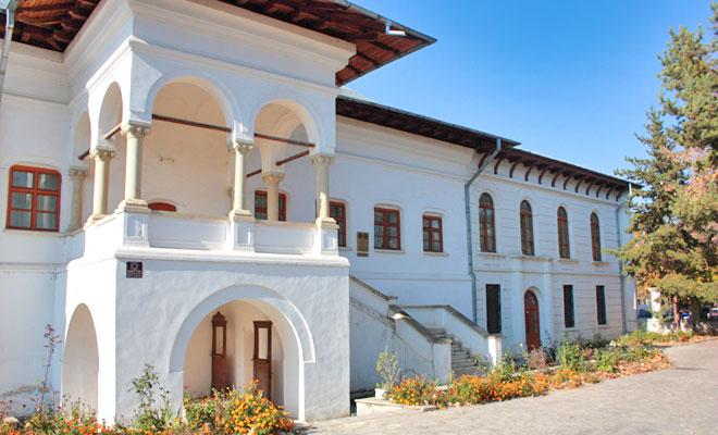 Complexul Brancovenesc din orasul Ramnicul Sarat - citbuzau