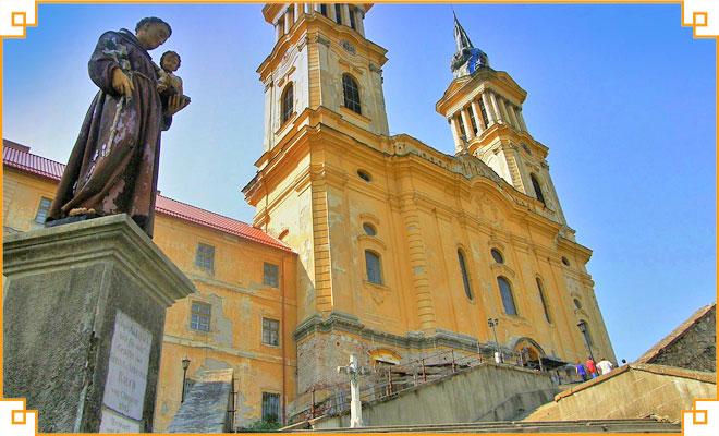 Obiective-turistice-din-judetul-Arad---Manastirea-Radna