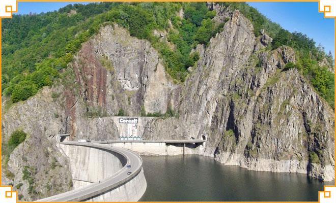 Obiective turistice din judetul Arges - Barajul Vidraru