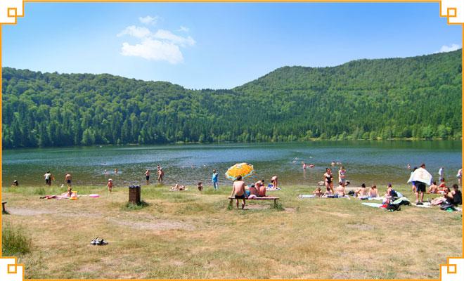 Obiective-turistice-din-judetul-Harghita---Lacul-Sfanta-Ana